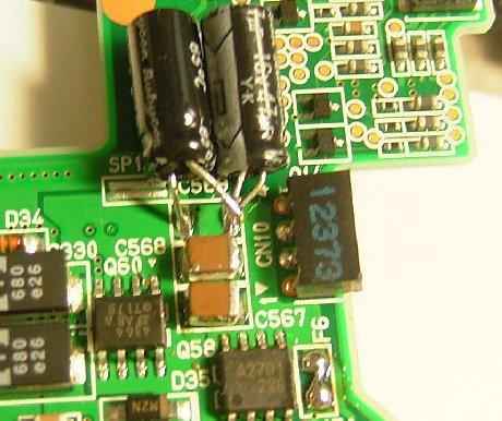 CPU部分のコンデンサを置き換え