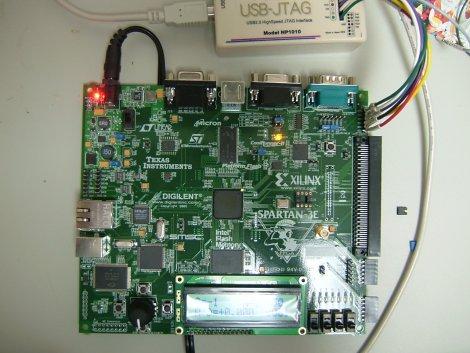 ナヒテック製USB2.0-JTAG(開発中のもの)をつなぐ